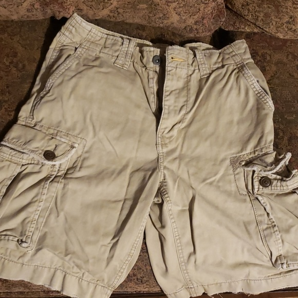 American Eagle Outfitters Other - Men's American Eagle cargo shorts